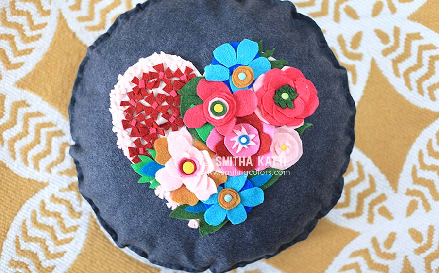 Diy Felt Flower Pillow With A No Sew Video Tutorial