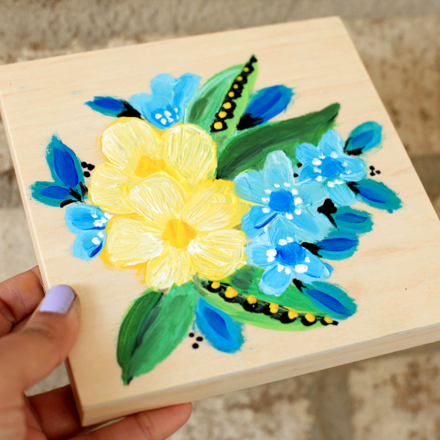 Painting acrylic flowers on a wood canvas smitha katti for Acrylic paint for wood crafts